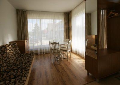 Apartamentai (2+1)